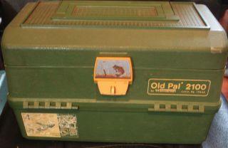 Vintage Woodstream Old PAL 2100 Lititz PA Fishing Tackle Box
