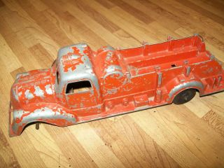 Collectible Vintage Metal Cast Windup Fire Truck toy by Metal Master