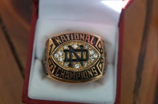National Title Championship Ring Head Coach Lou Holtz with Ring