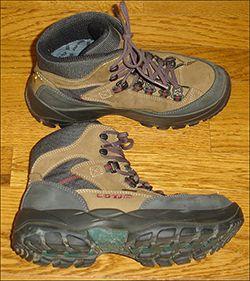 Lowa Hiking Boots Womens 8 Lowa Gore Tex Boots 39