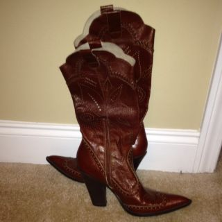 BCBG Cowgirl Boots Size 8 5