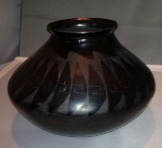 Lupe Soto Signed Mata Ortiz Black on Black Pottery Olla Vase
