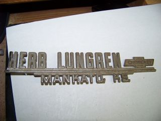 Metal Car Dealer Emblem Herb Lungren Chevrolet Mankato