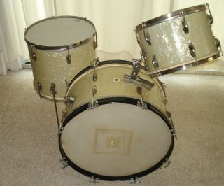WFL Ludwig Drum Set from The 1930s Vespe Badge