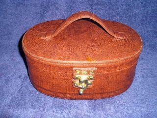 Collectible Vintage Brown Bentony Faux Alligator Makeup Travel Case
