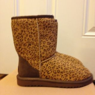 UGG Classic Boots Leopard Print Womens Size 5