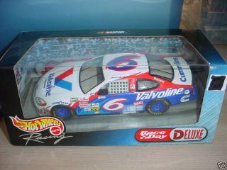 Hot Wheels 6 Mark Martin Race Day Deluxe Car 1 24 1999