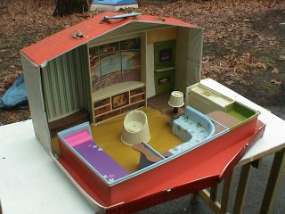 1960s Barbie Skipper Deluxe Doll House Mattel Made in USA