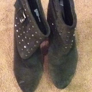 Womens Trouve Short Dark Gray Boots Sz 9 5