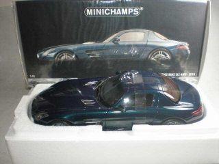 18 Minichamps Mercedes Benz SLS AMG 2010 Blue Metallic