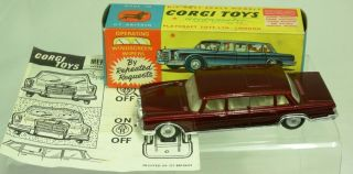 CORGI TOYS 247 MERCEDES BENZ 600 PULLMAN CAR WITH OPERATING WIPERS
