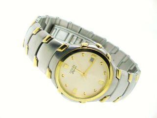 Mens Vintage Citizen Elegance Watch Stainless Steel Gold TN Bracelet