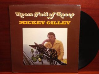 Mickey Gilley Room Full of Roses LP Epic Records 1974 EX