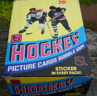 Topps Hockey Wax Box 36 SEALED Packs Never Opened Mike Bossy RC