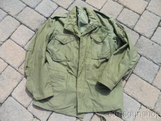 Vietnam War US Army Soldiers M1965 OD Field Jacket w Patch