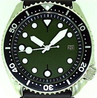 Newly listed SEIKO 7002 diver MOD w/Army Green Tuna dial w/WHITE