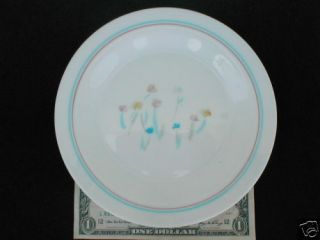 UNKNOWN ARCOPAL FRANCE 7 3/8 SALAD PLATE, TULIPS