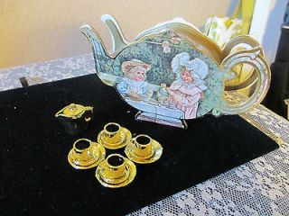 Charming Victorian Gold Plated Mini Tea Set In Tea Pot Shaped Box New