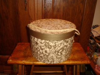 Vintage Hat Box Gold & Beige Swirl Gold Braided Cord