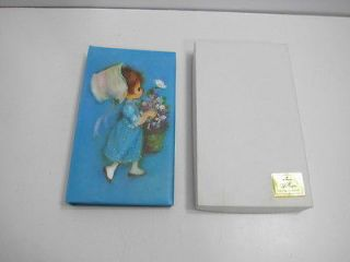 NIB NOS HALLMARK 1972 PHOTO ALBUM BETSY CLARK (??) NEVER USED WITH BOX