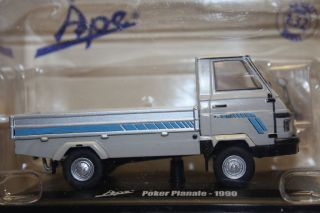 Vespa Ape Poker Pianale   1990 Utility Gray Pick up, Italeri Hachette