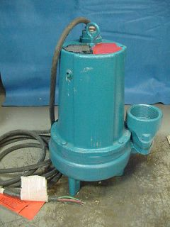 submersible water pump in Business & Industrial