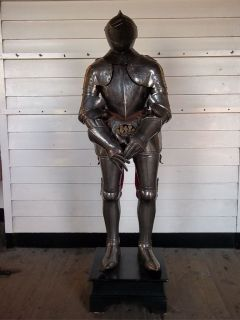 16th Century Composite Suit Of Armour With Close Helmet