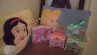 Disney Princess lot 1 metal lunch box 2 jewellery box Music player 2