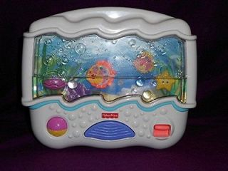 FISHER PRICE OCEAN WONDERS BABY CRIB TOY SOOTHER MUSIC LIGHT AQUARIUM