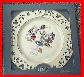 VINTAGE 1998 LENOX DISNEY MICKEY MOUSE & FRIENDS WINTER HOLIDAY
