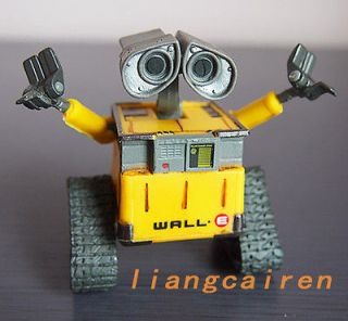 DISNEY PIXAR THINKWAY TOYS WALL E 6CM ACTION FIGURE, NEW IN BOX, TOYS