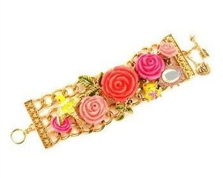 BETSEY JOHNSON Roses and Hearts Toggle Bracelet Goldtone Oval Link
