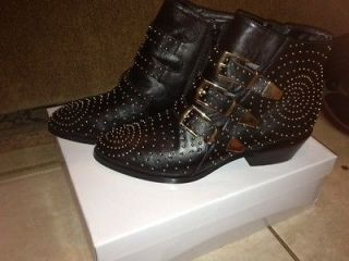 STEVE MADDEN Madhouse GOLD STUDDED Ankle Boots BUCKLE size 8 NIB SOLD