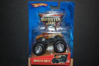 2005 Hot Wheels 1 64 Monster Mutt 13 Monster Jam Truck
