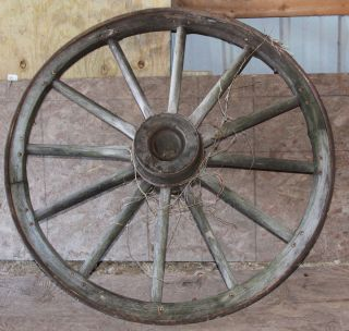 ANTIQUE LARGE WESTERN WOODEN WAGON WHEEL WITH METAL RIM 45 INCHES