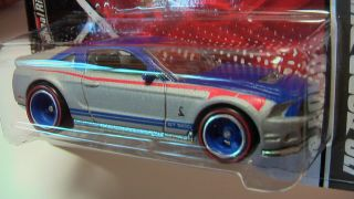 Hot Wheels Garage 2011 H Case 10 Ford Shelby GT500 New