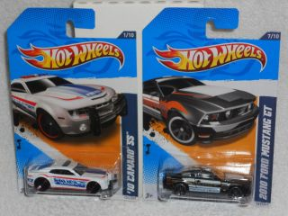 Hot Wheels Lot of 2 Police Cars 10 Camaro SS 2010 Ford Mustang GT