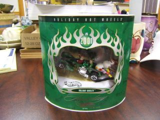 Holiday Hot Wheels Holiday Hauler 2000 Set 2