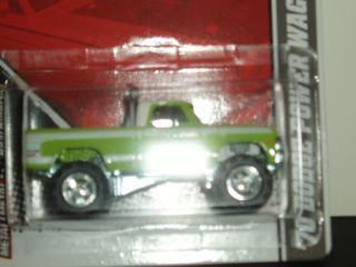Hot Wheels Garage 70 Dodge Power Wagon Look 2013
