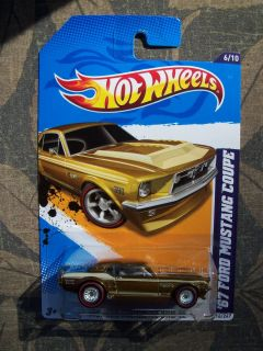HOT WHEELS 2012 67 FORD MUSTANG COUPE SUPER TREASURE HUNT GREAT CARD