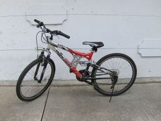 Mongoose XR 75 Mountain Bike 26 Wheels