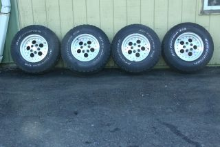 Jeep Wrangler Aluminum Wheels 87 06 TJ YJ BFG 30x950 15 Tires Wheel