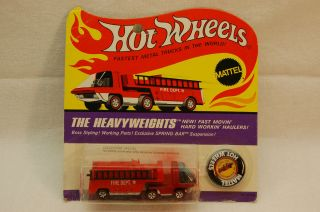 Hot Wheels Redline Heavyweights Fire Engine Red Mint Carded MOC / BP