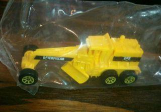 Hot Wheels Caterpillar Yellow Diecast Street Cleaver 1996 Unreleased