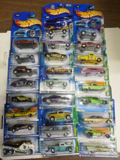 HOT WHEELS TREASURE HUNT LOT of 26 Different diecast cars by Mattel