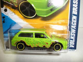 2012 Hot Wheels Volkswagen VW Brasilia Heat Fleet 155 Case J
