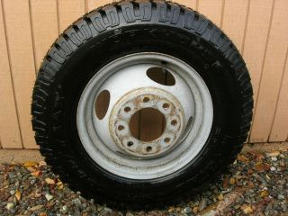 16 Tire Workhorse Extra Grip at Offroad 4x4 Chevy Dually Wheel