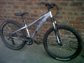 Specialized Hardrock Sport Hardtail Mountain Bike Cycle 15
