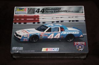 LEGENDS SERIES #3 OF 4 PIEDMONT TERRY LABONTE MONTE CARLO NASCAR MODEL