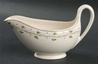 Wedgwood Green Leaf Gravy Boat, Fine China Dinnerware   QueenS Ware, Red Berrie